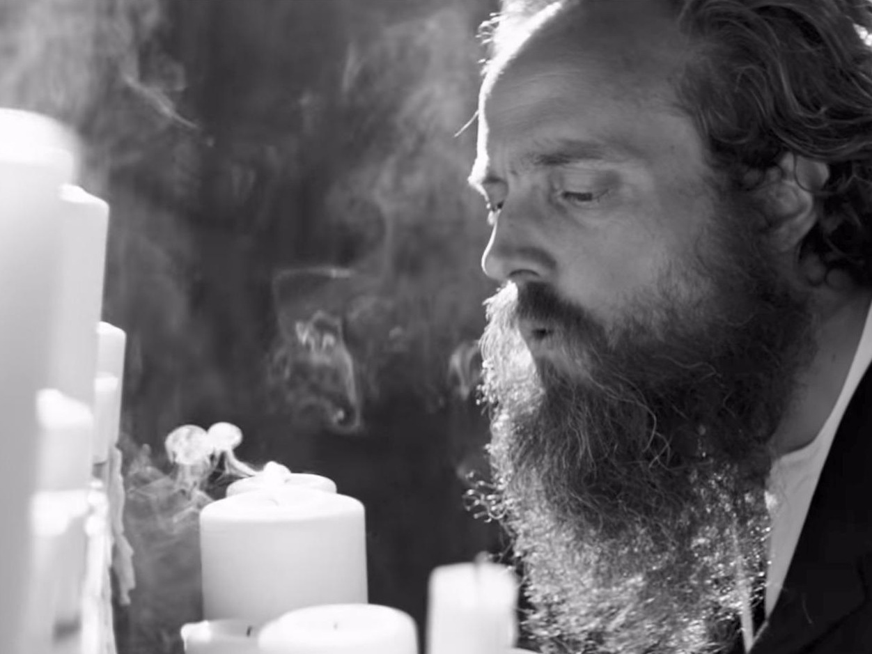 Iron and Wine Plans His Own Funeral in Video for New Track 'Thomas County Law'