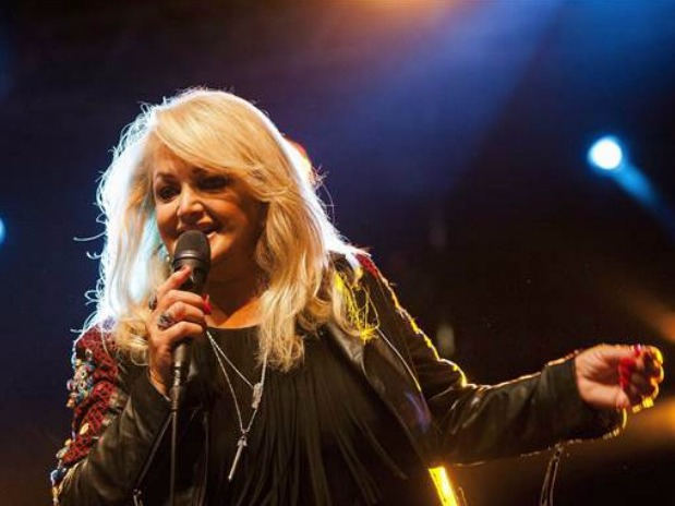 Bonnie Tyler Will Perform 'Total Eclipse of the Heart' During Total Eclipse