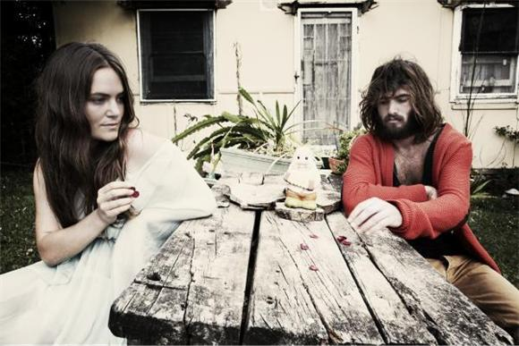 new music video: angus and julia stone