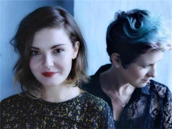GEAR TALK TUESDAY: Enhancing The Fender Sound with Honeyblood