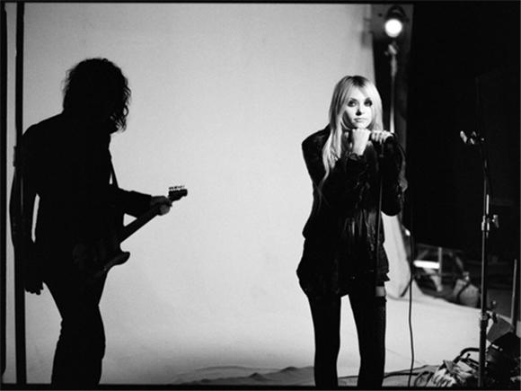 late night: the pretty reckless on letterman