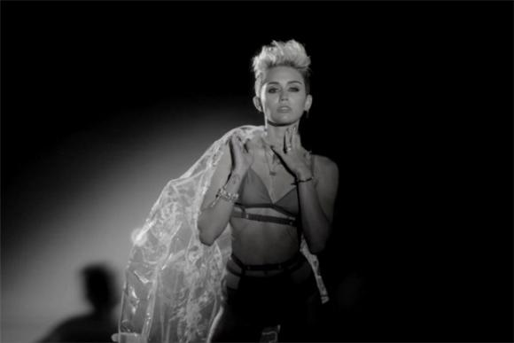 The Subliminal Marketing Of Miley Cyrus's Bizarre Hotness