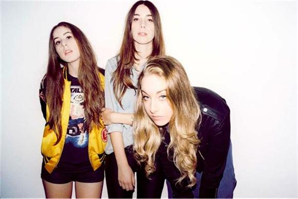 Haim Outshine Tame Impala With 'Cause I'm A Man' Cover