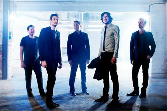 Flashback Friday: A Near Miss With Snow Patrol