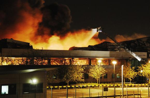 London Rioters Burn Sony Distribution Center
