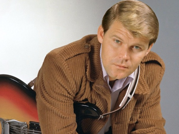Glen Campbell, Country Legend, Dies at 81