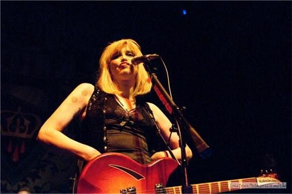 fun of the day: courtney love covers lady gaga