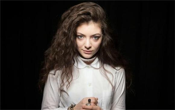 Watch: Lorde Does Kanye Better Than Kanye