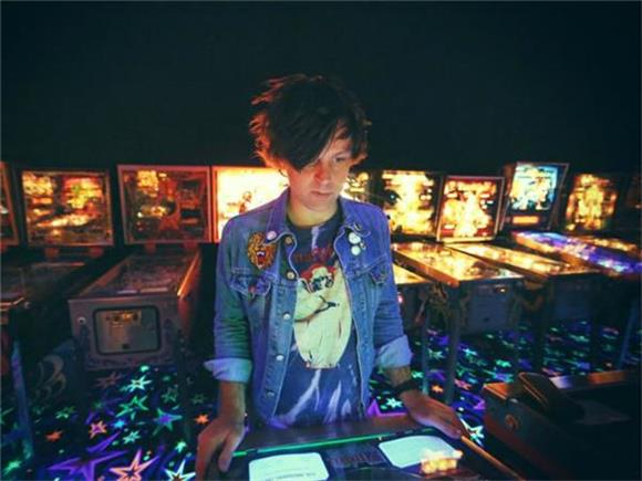 Ryan Adams Digs Deeper With Taylor Swift's 'Bad Blood'