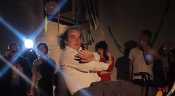 Har Mar Superstar Bike Battles Juliette Lewis In 'Prisoner'