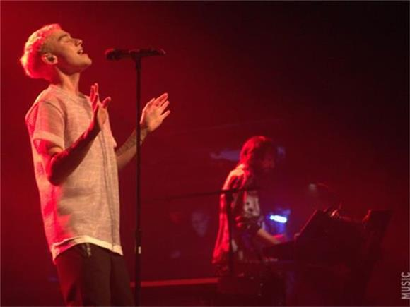 The Front Row: Years And Years At Terminal 5