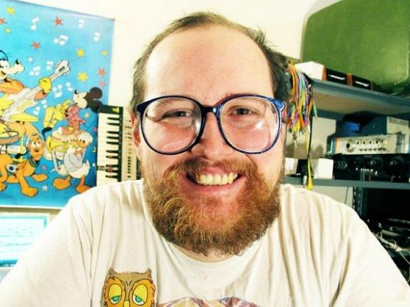 On Concert-Going and Dan Deacon's Live App