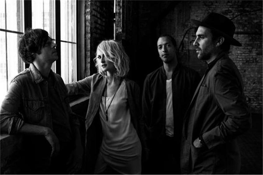 Metric Tell Us A Sweet 'Lie Lie Lie'