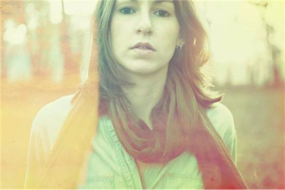 Baeble First Play: The Meditative Folk Pop Hope of Brooke Annibale