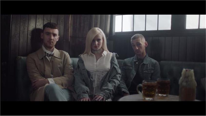 Clean Bandit - Rockabye ft Sean Paul and Anne-Marie