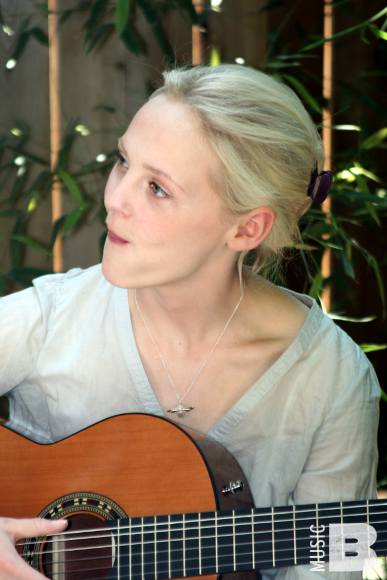 Laura Marling - The Guest Apartment