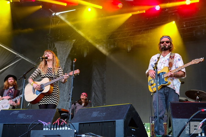 Angus and Julia Stone - Governors Ball