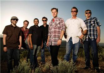 Calexico live at The Guest Apartment