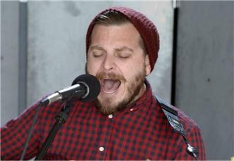 Dustin Kensrue live at Baeble HQ