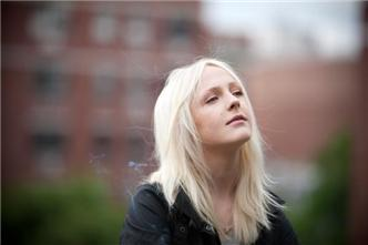 Laura Marling live at The Guest Apartment
