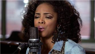 Leela James live at Baeble HQ