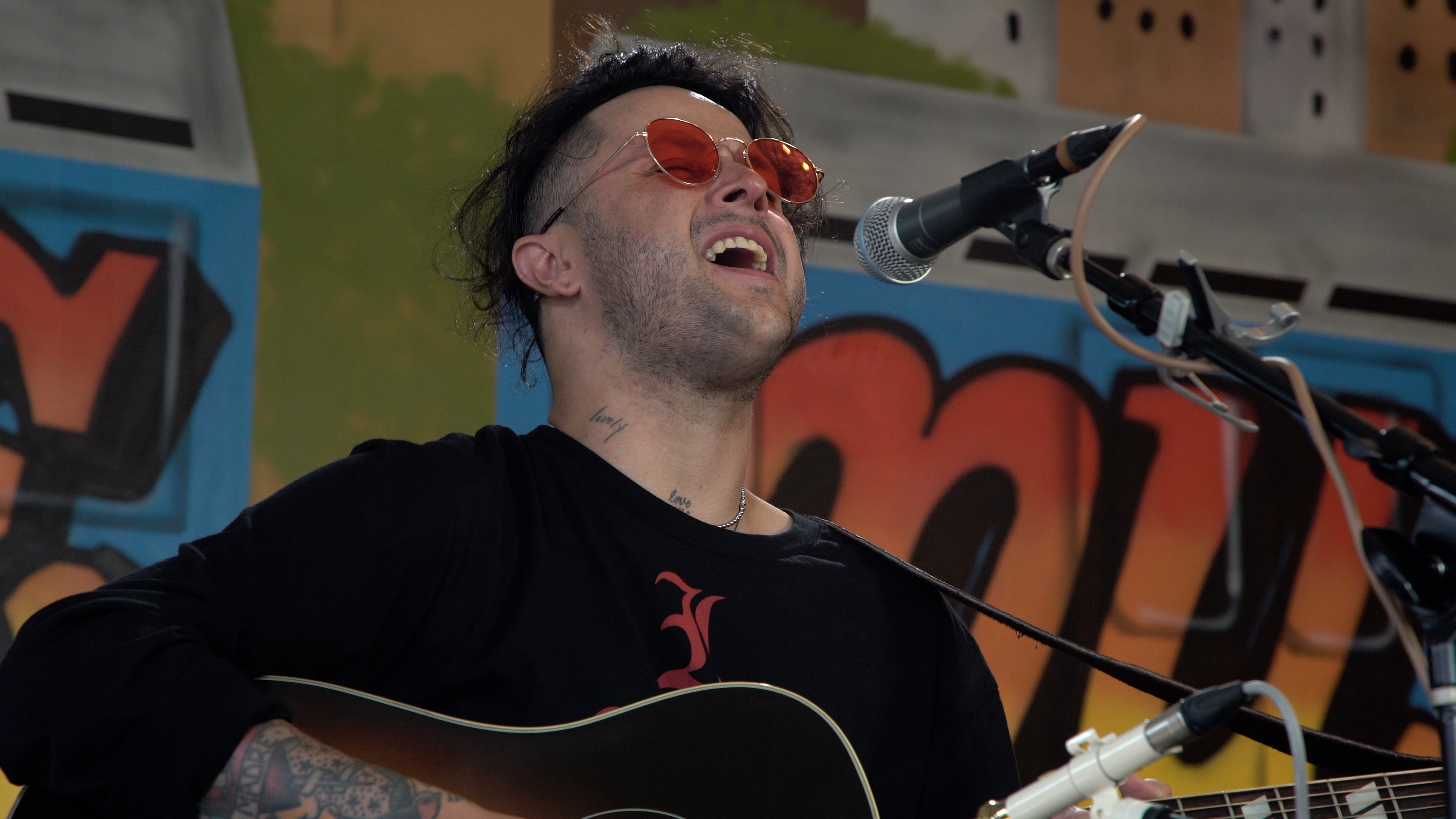 lovelytheband at Baeble HQ