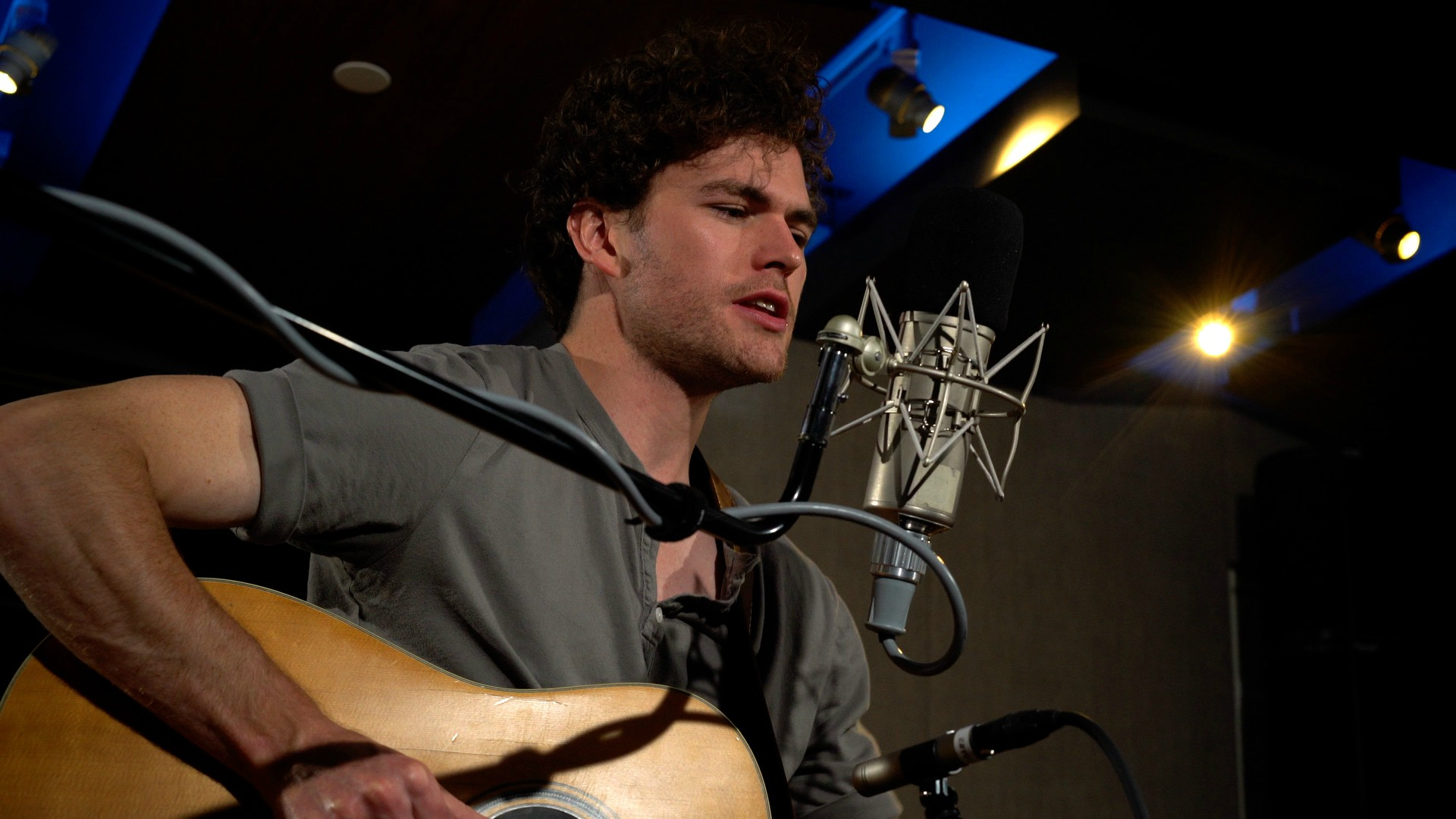 A Session With Vance Joy