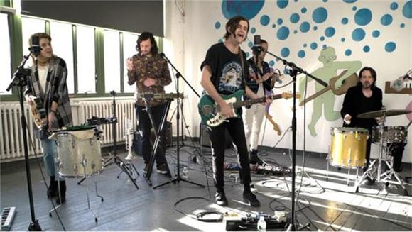 Streets of Laredo Turn In A Spunky New NEXT Sesh
