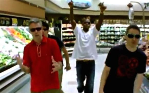 Unreleased Beastie Boys Video Ft. Nas Surfaces