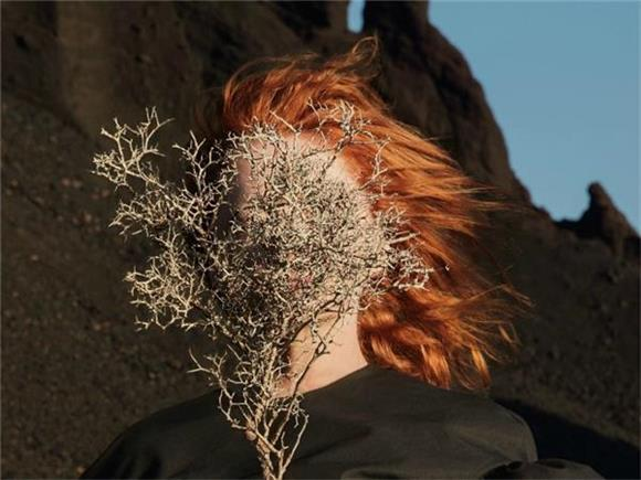 Goldfrapp's New Single is a Grimy, Sexy Electro-Pop Banger