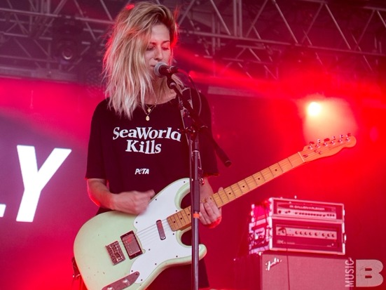 8 Awesome Female Indie Rock Bands You Need To Know