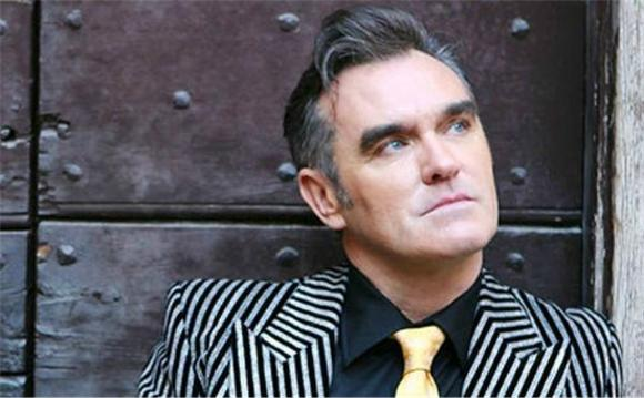 Morrissey Sings About Making Out on Letterman