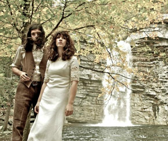Hear a Chilling New Song From Widowspeak