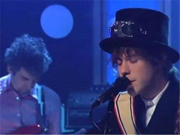 late night: MGMT