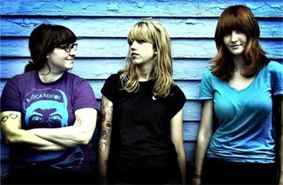 vivian girls go touring