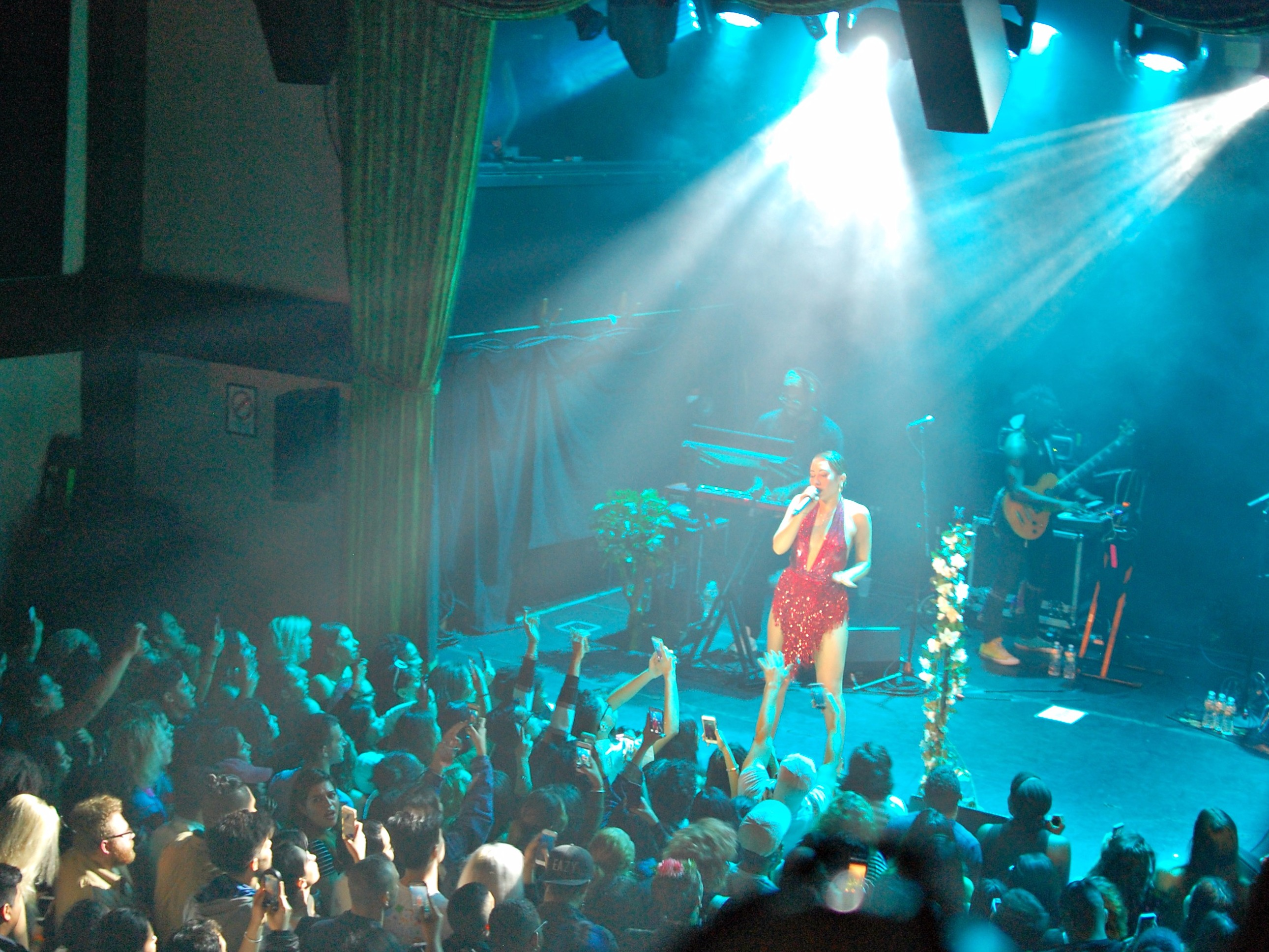 Kali Uchis Overcomes Sound Obstacles At The Bowery Ballroom