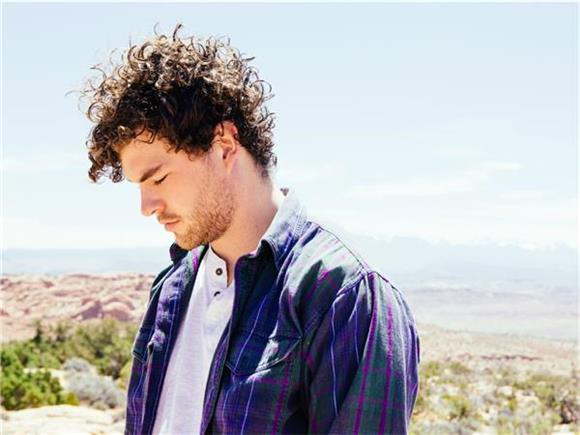 Vance Joy Brings 'The Fire and the Flood' To Colbert