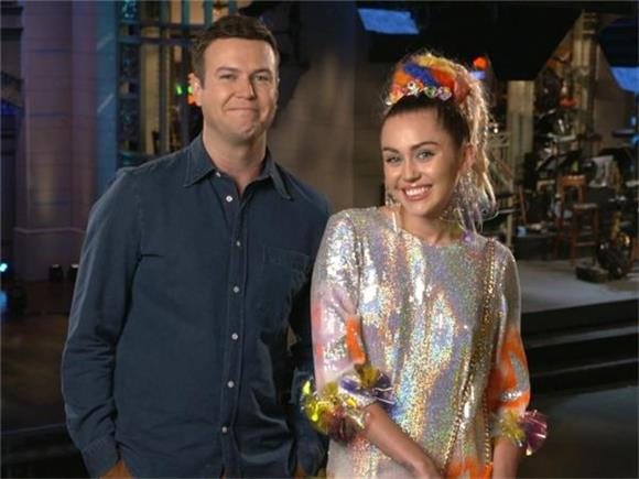 Miley Cyrus Finds Sincerity In Weirdness and Heartbreak On SNL