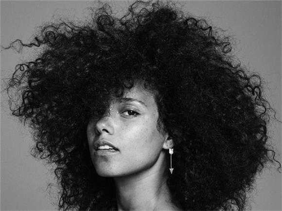 Alicia Keys Blesses Us With Touching Single 'Blended Family (What You Do For Love)'