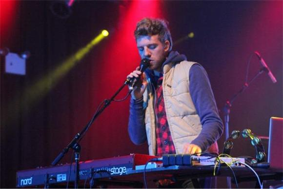 Out And About: Andrew Belle Enchants The Highline Ballroom