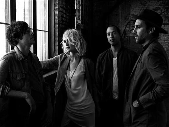 Metric Head Out West
