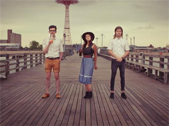 SONG OF THE DAY: 'Silly Bones' by Streets of Laredo