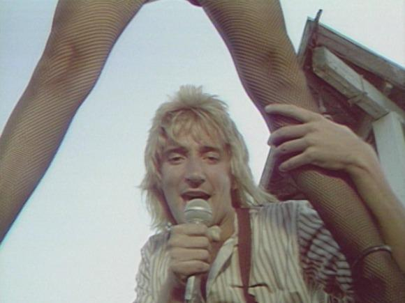 Throwback Thursdays: Rod Stewart's 'Hot Legs'
