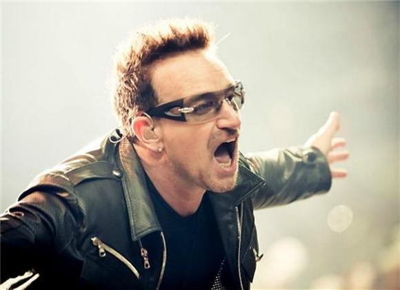 Bono Has Senior Moment And Forgets Apologizing For iTunes Fiasco