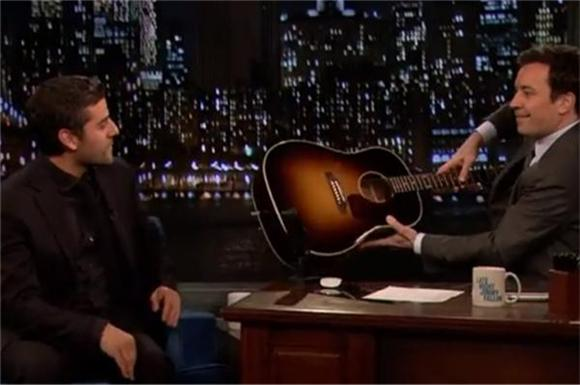 Oscar Isaac of 'Inside Llewin Davis' Covered Katy Perry with Jimmy Fallon