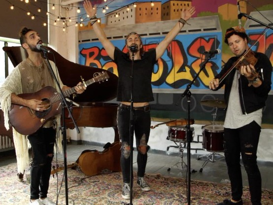 NOW PLAYING: A Baeble NEXT Session with Magic Giant