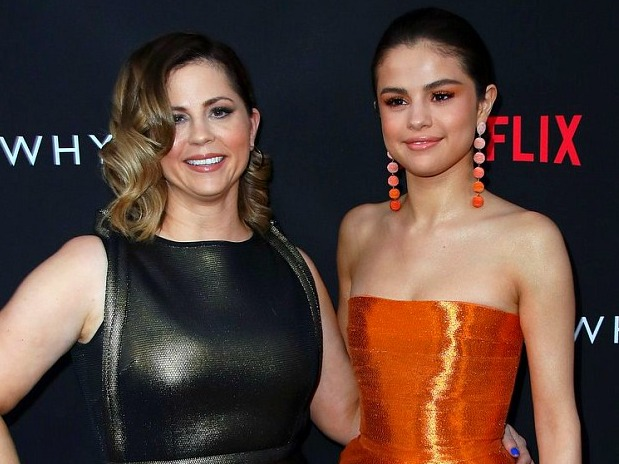 WTF WEEKLY: Selena Gomez's Mom Sent To The Hospital + MORE
