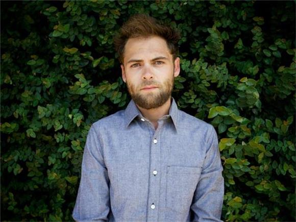 Passenger Nails His Cover of Van Morrison's 'And It Stoned Me'