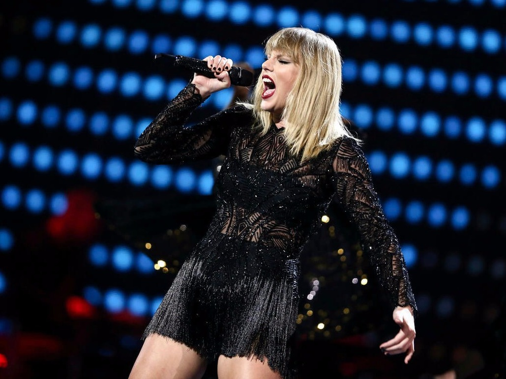 Taylor Swift's '...Ready For It?' is Super Lit Now Thanks to BloodPop