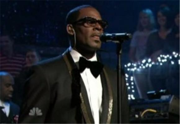 late night: r. kelly